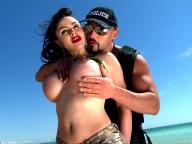 Vidéo porno mobile : The soldier has very big tits